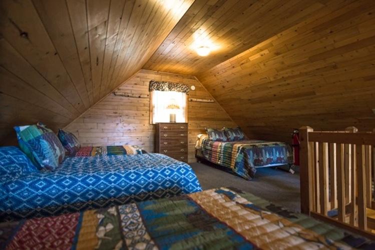 wildwings cabin two bedroom sleeping loft michigan fishing