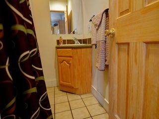Bathroom 1, shower
