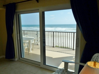 Master Bedroom Suite (Queen bed) with Direct Oceanfront Balcony View